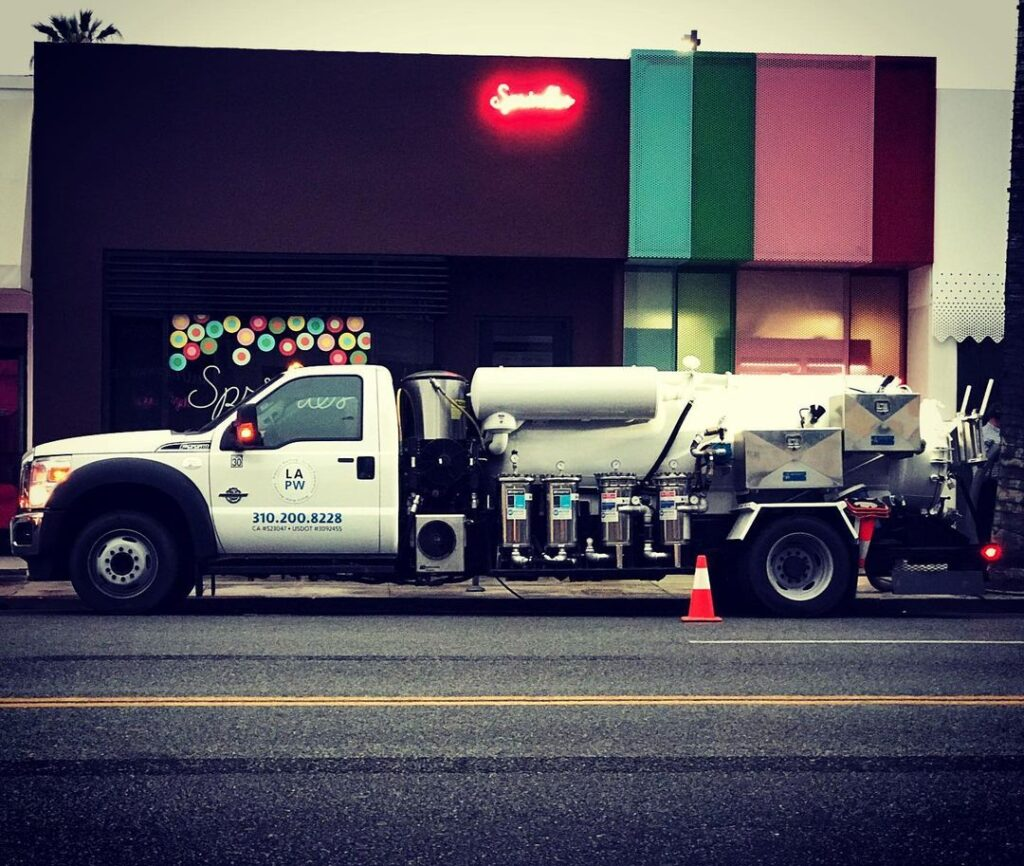 truck of LA pressure washer